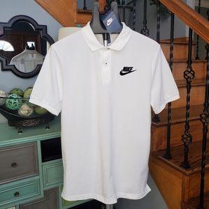 Nike men sportswear short sleeve polo size M